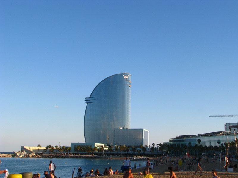 u pobřeží, hotel W Barcelona