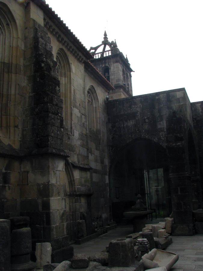 v nejstarší katedrále
