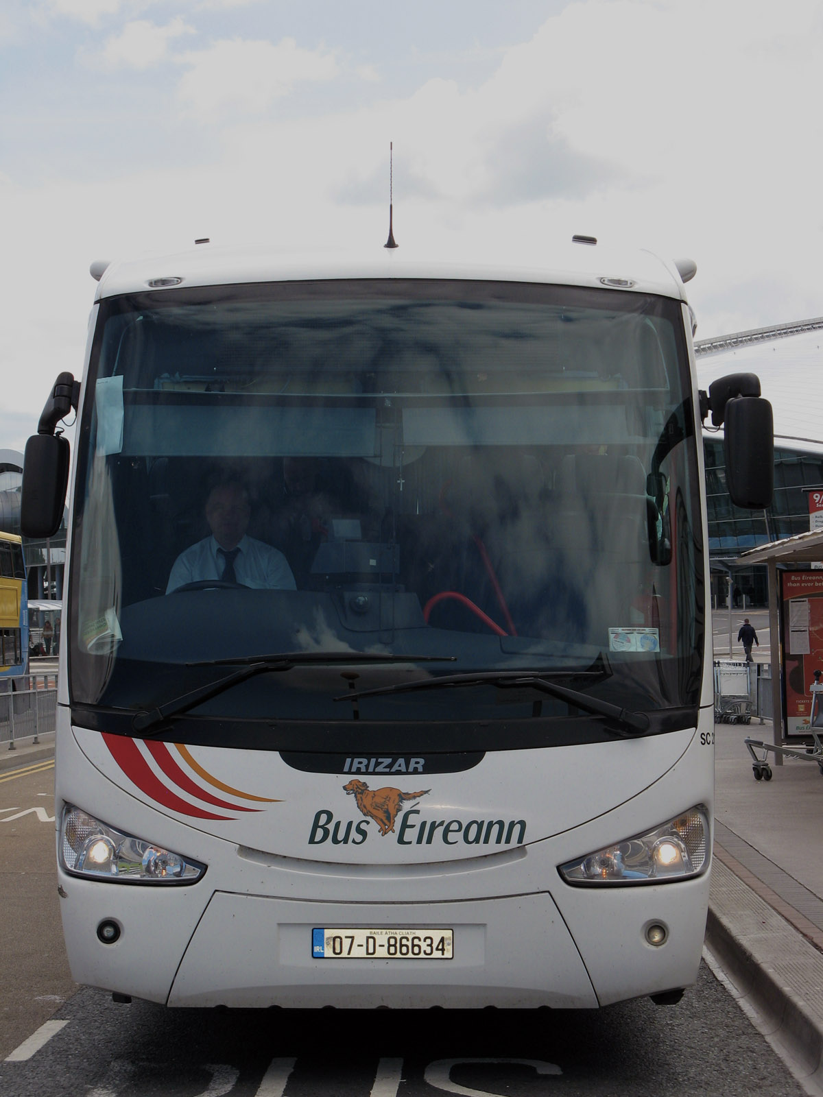 Éireann - irish bus