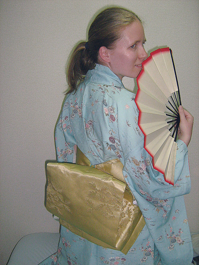 kamarádka Anežka v tradičních ženských šatech