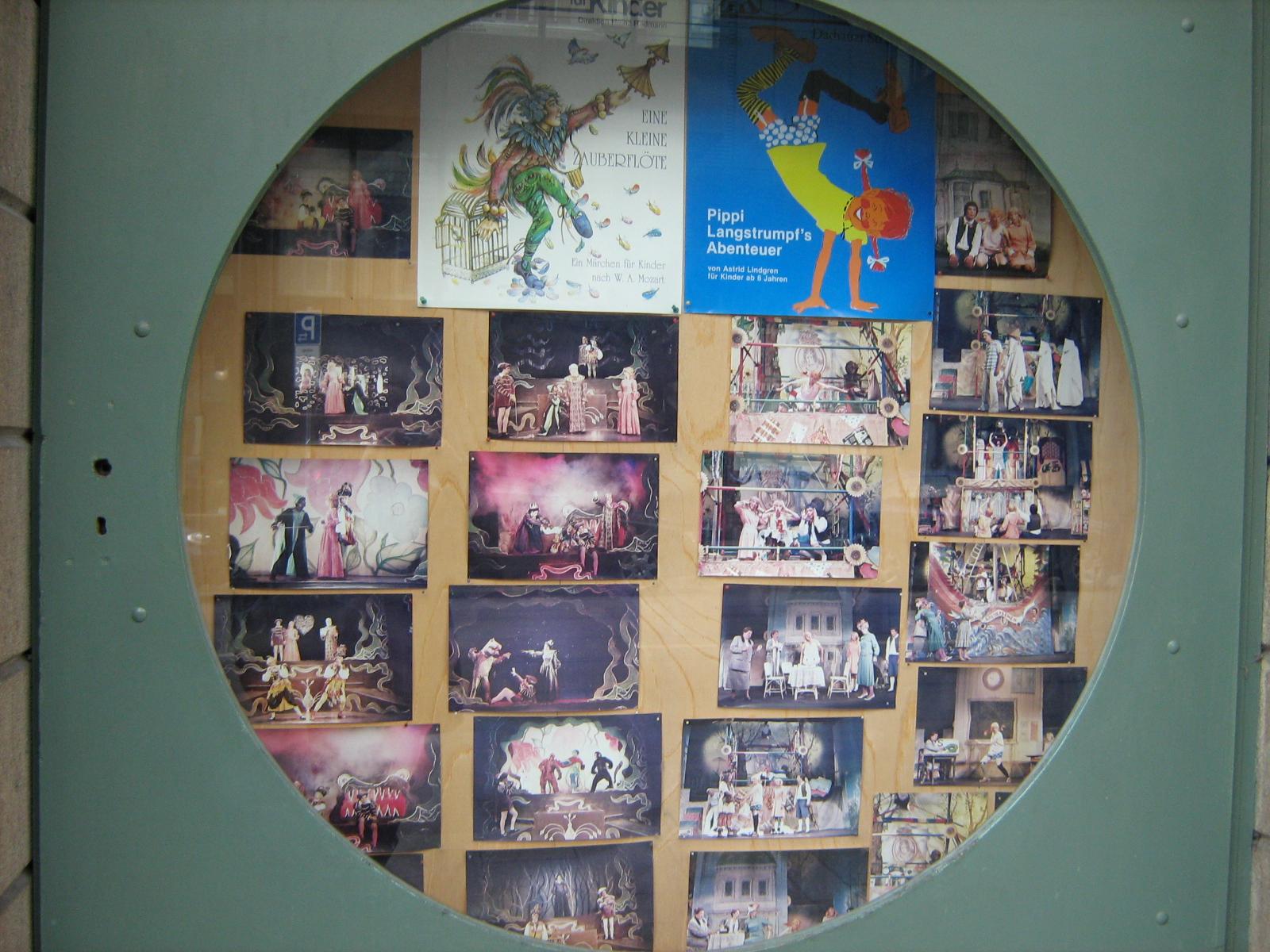 fotky z představení mnichovského divadla pro děti