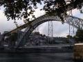 pod mostem Ludvíka I.