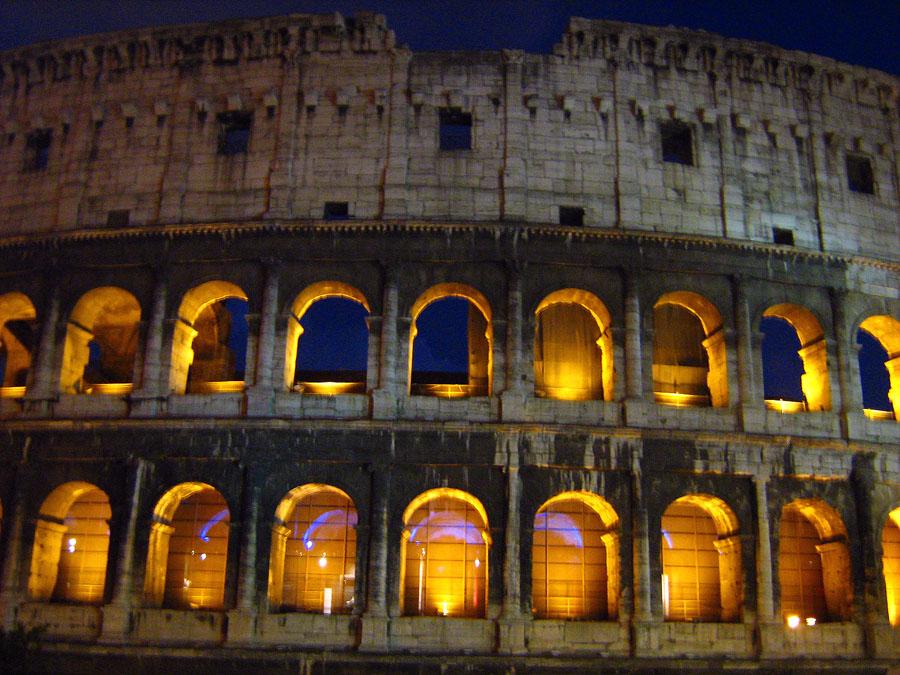osvětlené Koloseum