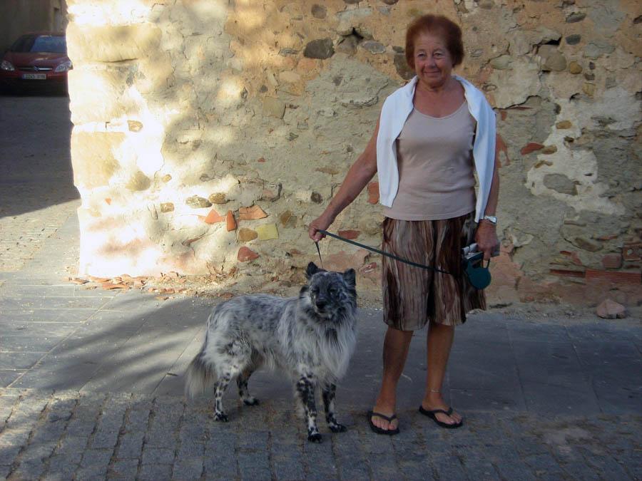 madam s španělským ovčákem